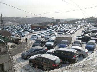 Авторынок Владивостока «Зелёный Угол» в января 2013